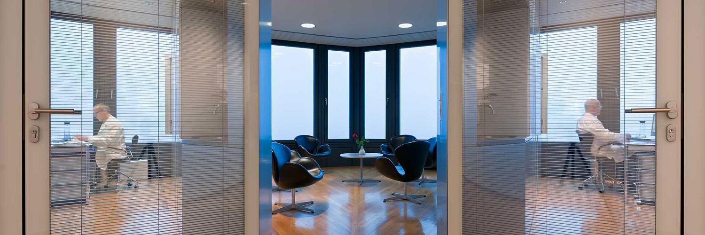 praxis. Black Bedroom Furniture Sets. Home Design Ideas